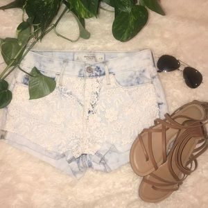 NWT Abercrombie and Fitch High rise Jean shorts